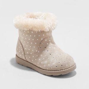 Cat & Jack tan sparkle fur boots size 12